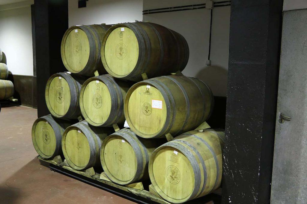Sala de barricas de Viñas del Bierzo