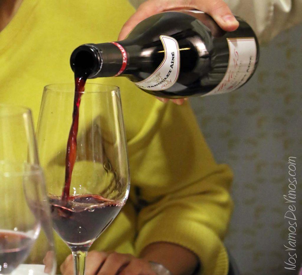 Parallele-45-2014-vino-copa-Cotes-du-Rhone