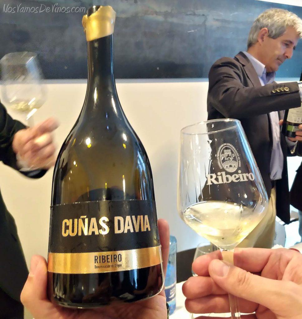 Salon vinos do ribeiro Guia Peñín Cuñas Davia Barrica