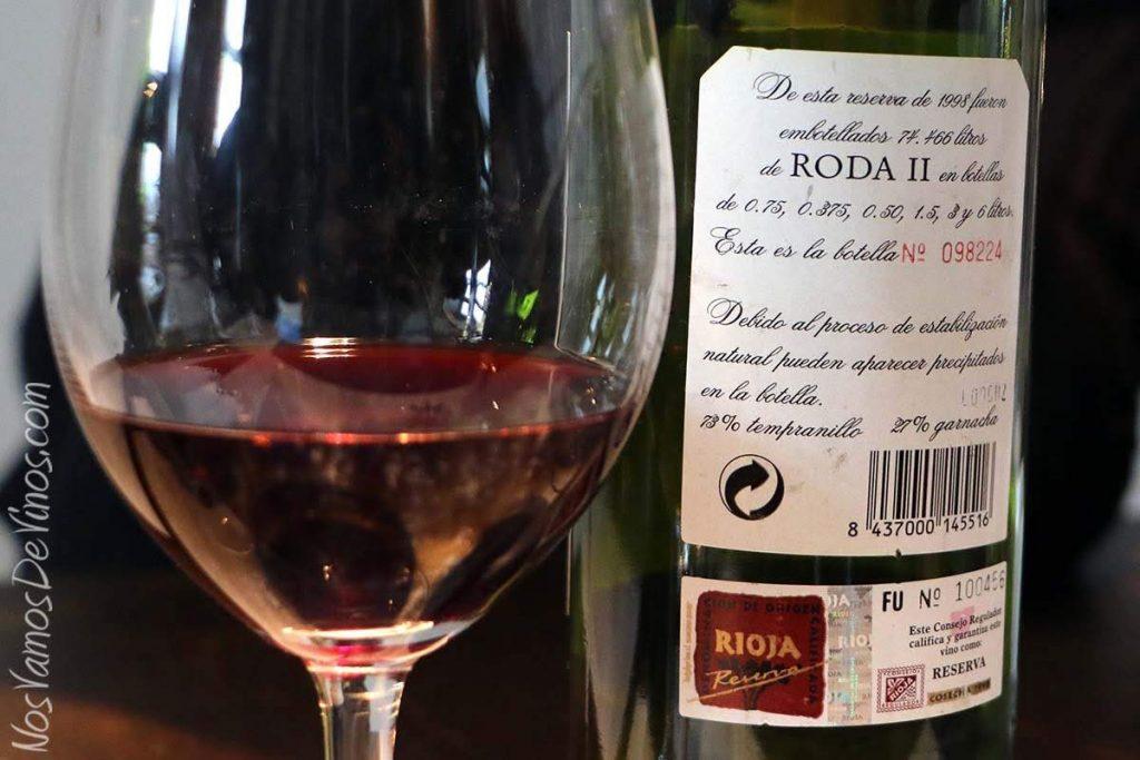 Roda II. Cata vertical en Bodegas Roda, Haro (Rioja). Etiqueta trasera de Roda II 1998.