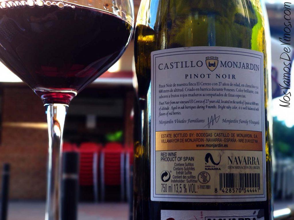 Castillo Monjardín Pinot Noir El Cerezo 2016 Trasera