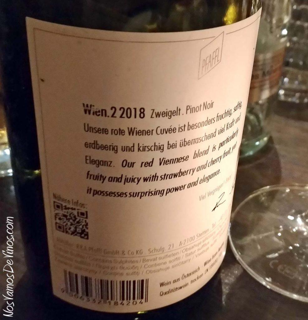 R A Pfaffl Wien 2 Zweigelt Pinot Noir 2018 Trasera