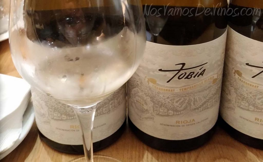 Tobía Chardonnay Tempranillo Blanco