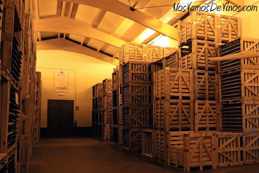 Bodegas Santalba. Jaulones botelleros de madera