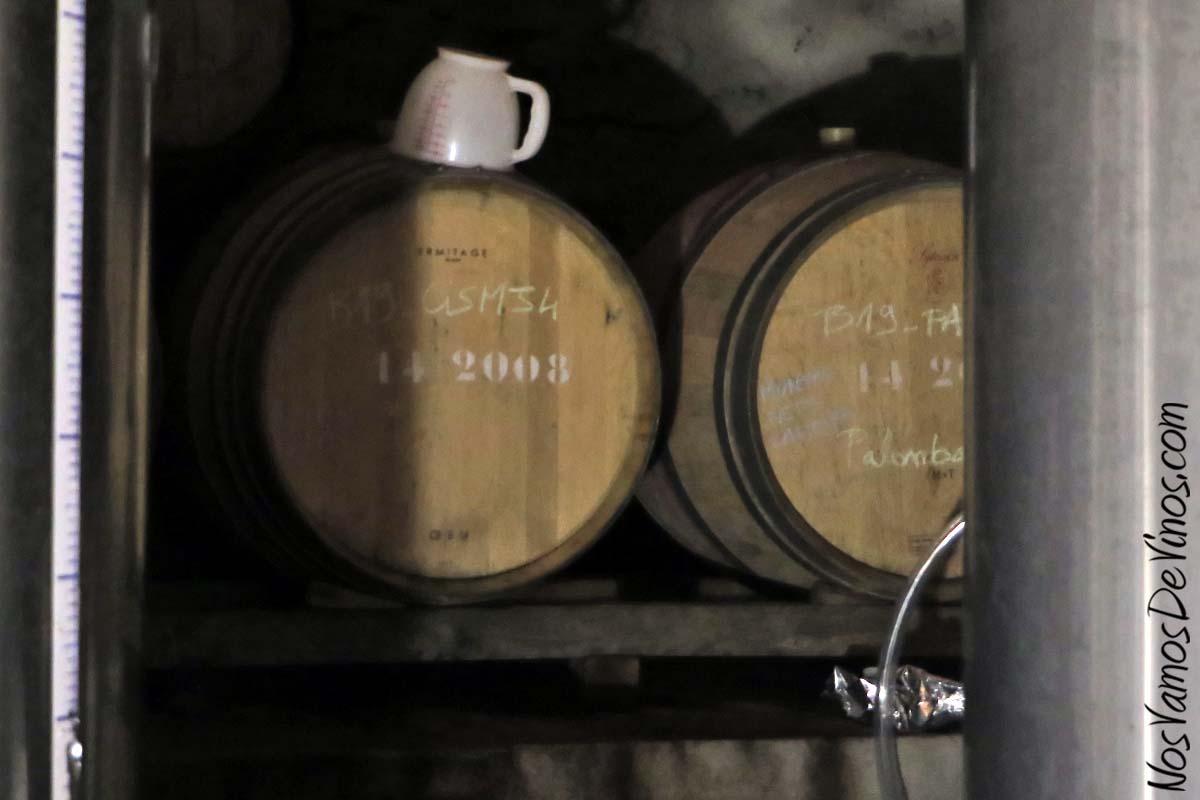 Menina d'Uva. El proyecto vitivinícola de Aline Domingues. Bodega Menina d'Uva, en Uva (Portugal).