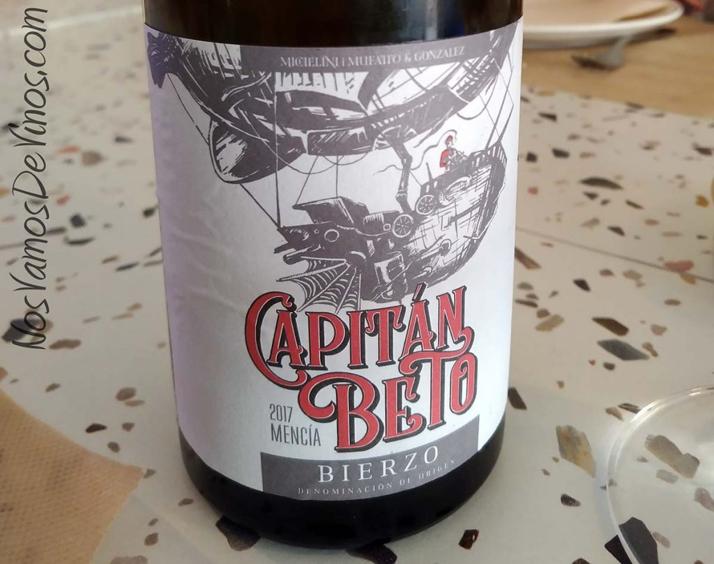 Capitán Beto 2017 Etiqueta de cerca