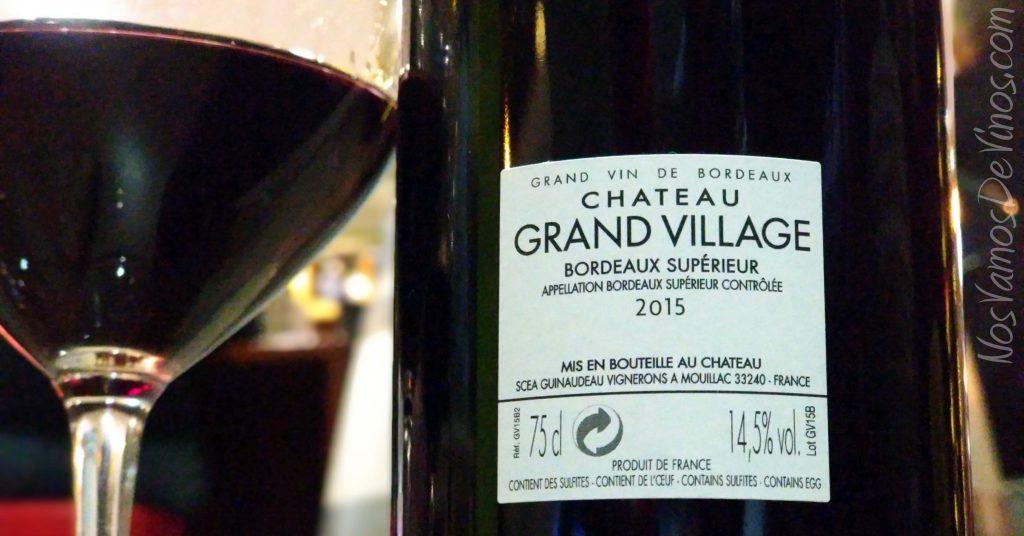 Château Grand Village 2015 Etiqueta Trasera