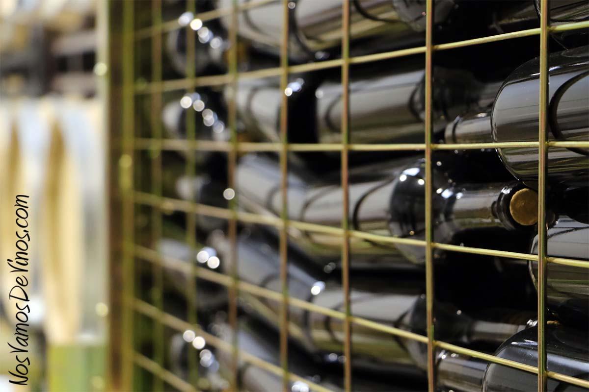 Roberik. Jaulón botellero