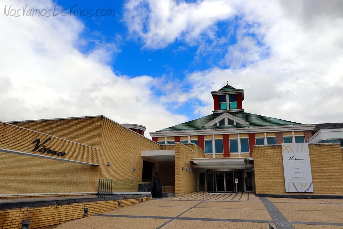 Museo Vivanco de la Cultura del Vino. Fachada exterior.