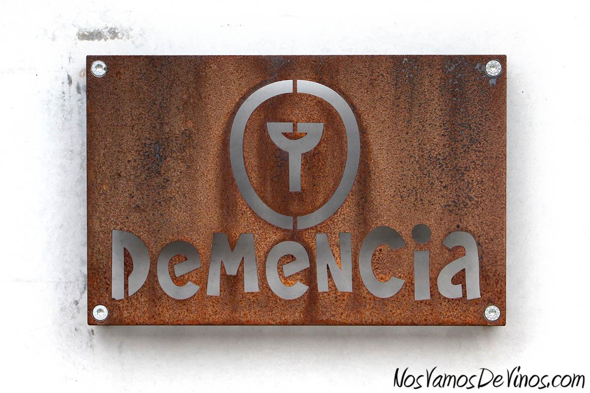Demencia Logo Puerta