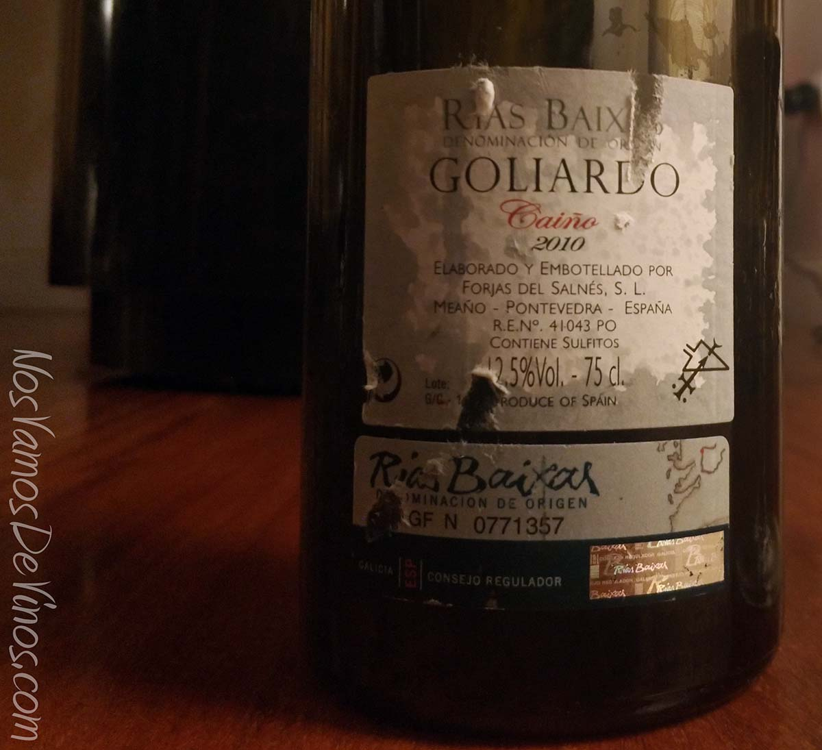 Goliardo Caiño 2010 Etiqueta Trasera