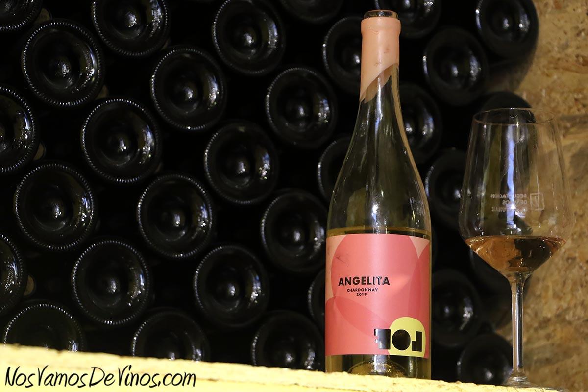 Cata de Angelita Chardonnay 2019 en la bodega de Vinos LOF