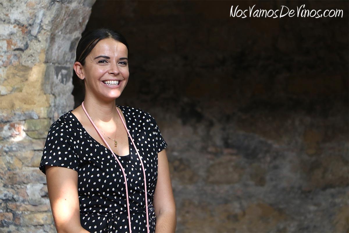 Silvia Flores, Assistant Winemaker de González Byass, es nuestra anfitriona a lo largo de toda la visita.