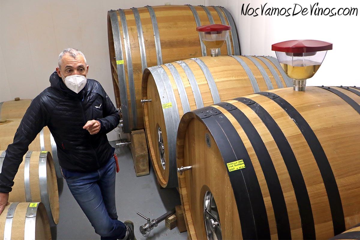 Encima Wines. Sala de barricas