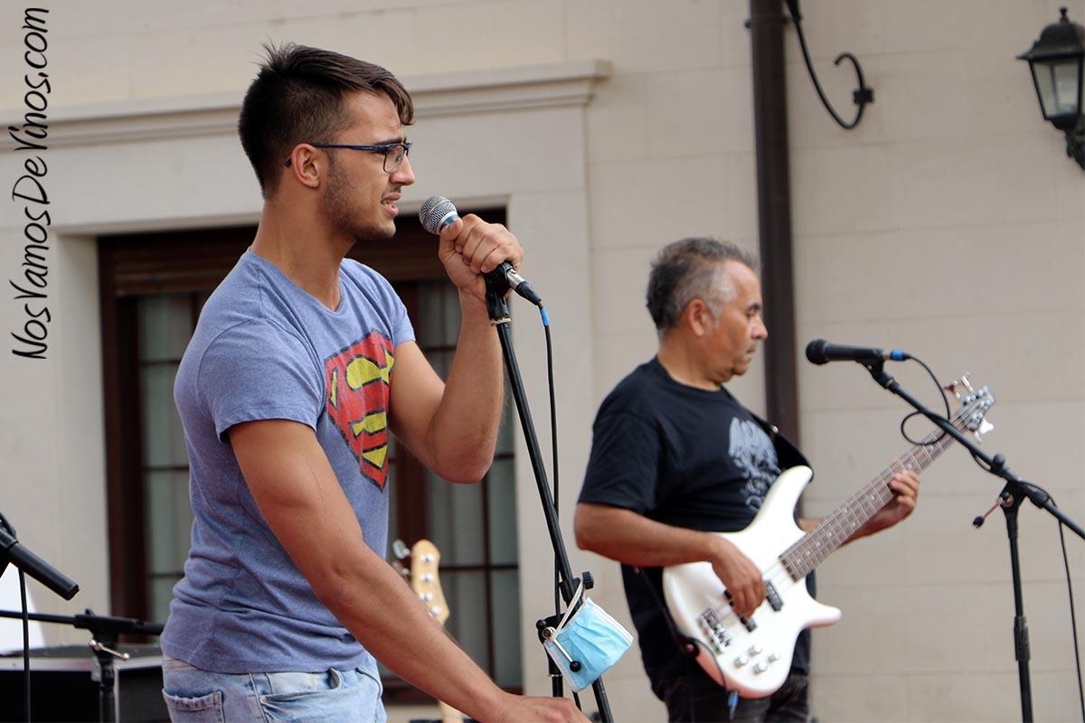 Día Pruno en Finca Villacreces. Grupo musical The Hook.